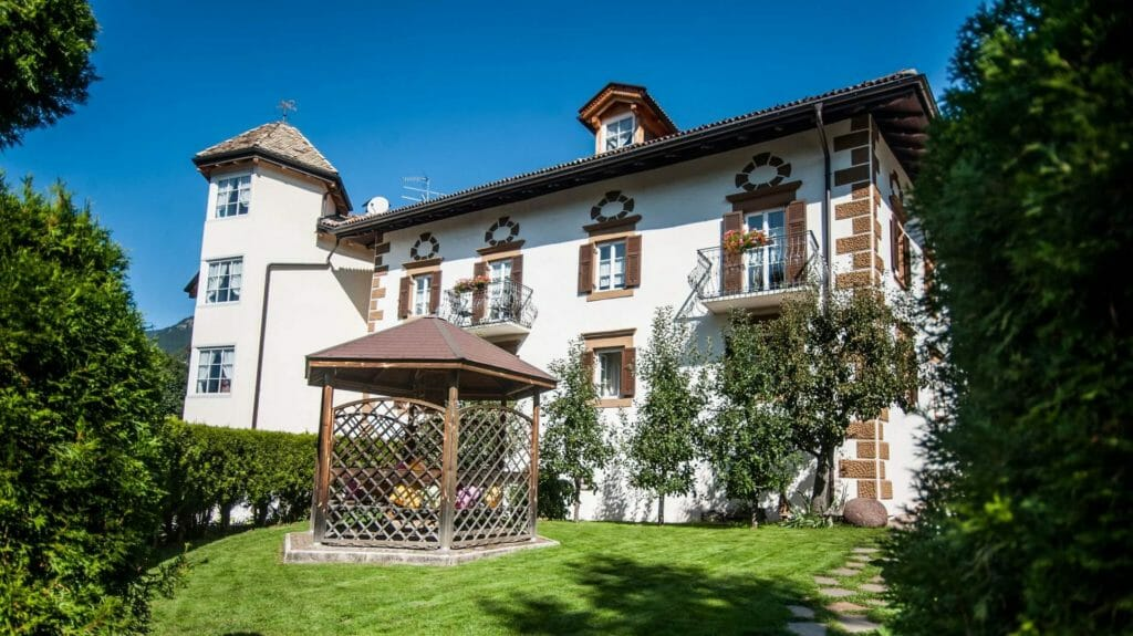 Hotel Garnì Laurino - Cavalese